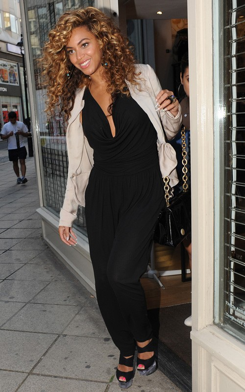 beyonce-knowles-shopping-London