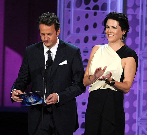 Lauren-Graham-presenting-62nd-Annual-primetime-Emmy-Awards