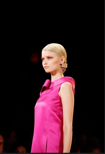 Carolina-herrera-Spring-2011-hair-styles
