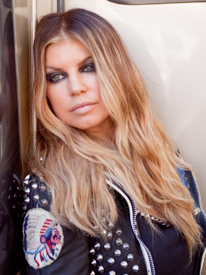 Fergie-New-Blonde-hair-color