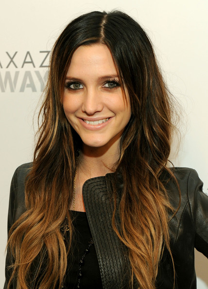Ashlee-Simpson-long-ombre-extension-hairstyle