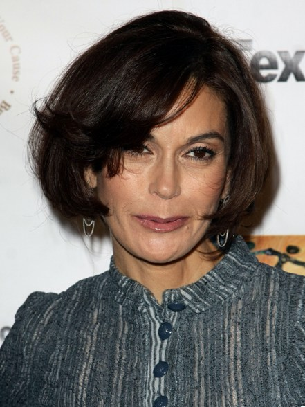 teri-hatcher-new-bob-hairstyle