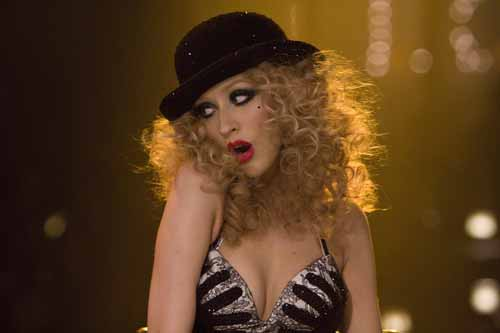 Christina-Aguilera-Burlesque-curls-hairstyle