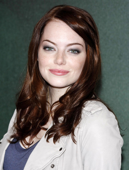 Emma-Stone-wavy-red-hair